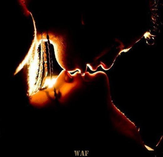 Um beijo com amor dado ...