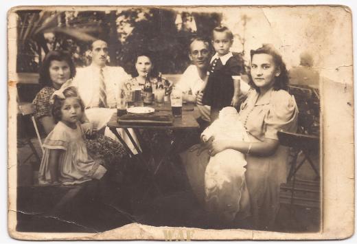 Marne 45 dias no colo de sua Mãe/Fevereiro de 1942