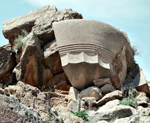 Agrigento, column in rock