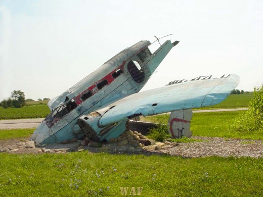 the side of a downed airplane in Joliet (IL)