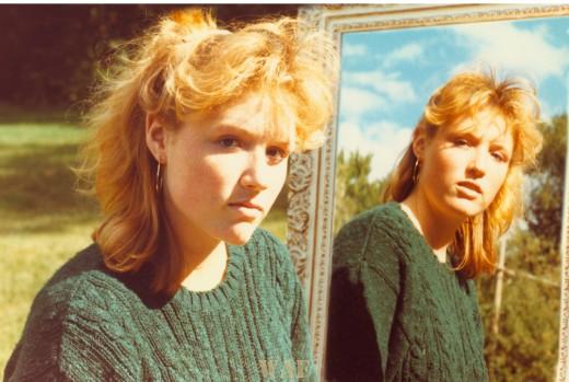 Ellen in a mirror