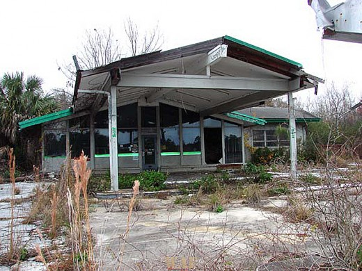 an old gas station on a roadside in Florida 12/27/09