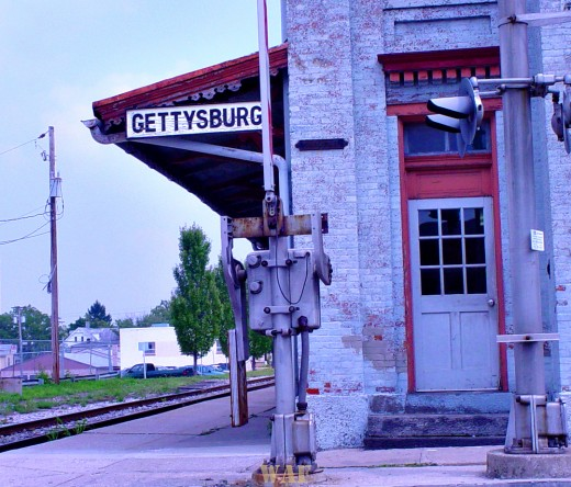 the Gettysburg sign, at the train station