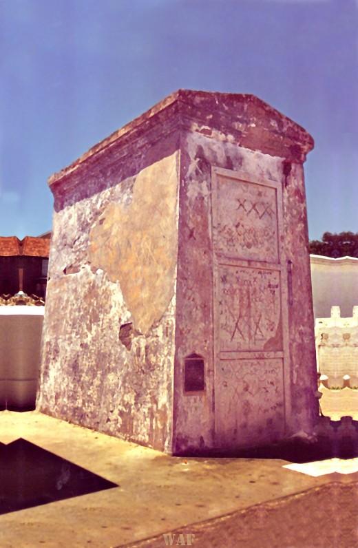 Marie Laveau's Tomb in New Orleans LA