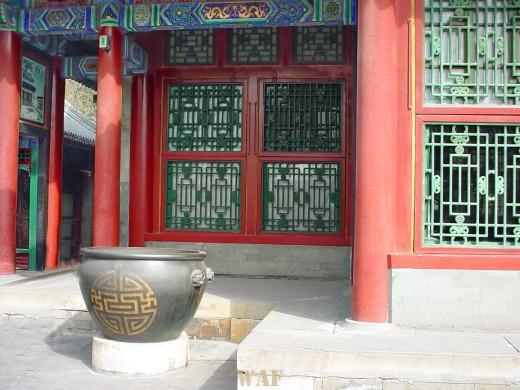 an urn at an outdoor hall at the Summer Palace (Beijing, China)