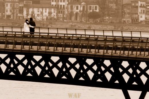 // Amor sobre a ponte //
